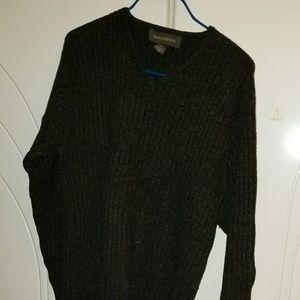 Banana Republic charcoal black sweater